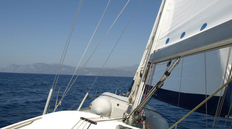 Yachtcharter Woop_Segelboot